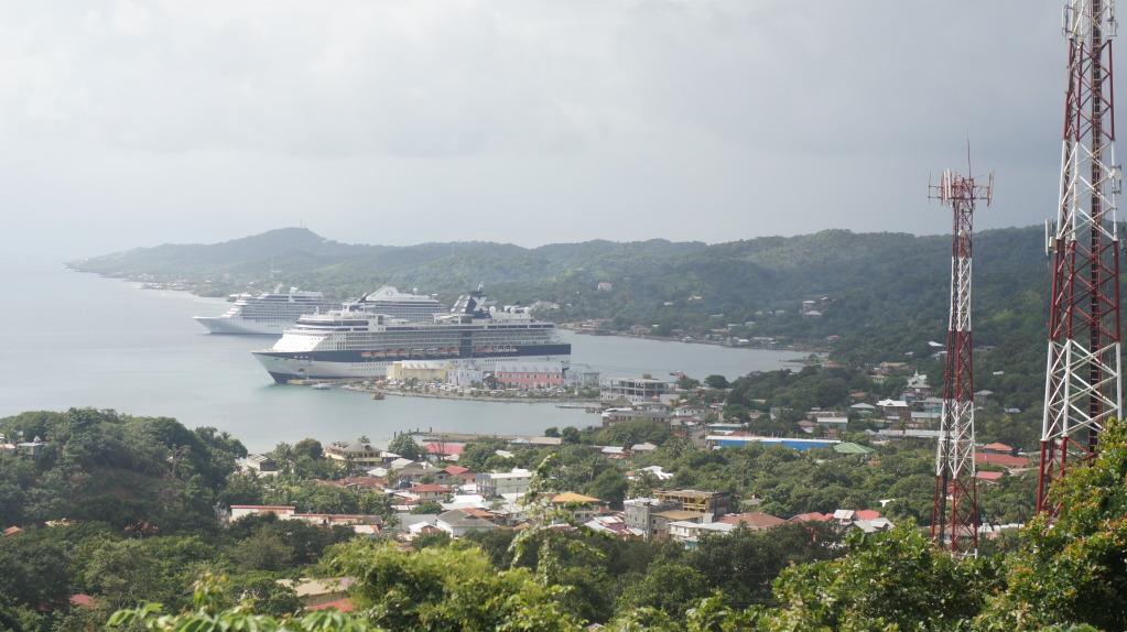 Roatan Island Of Honduras Paridse Resorts