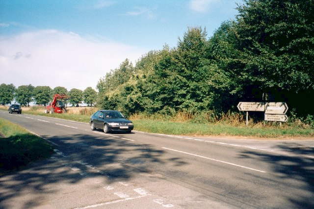 File:Crossroads on A361 - geograph.org.uk - 53637.jpg