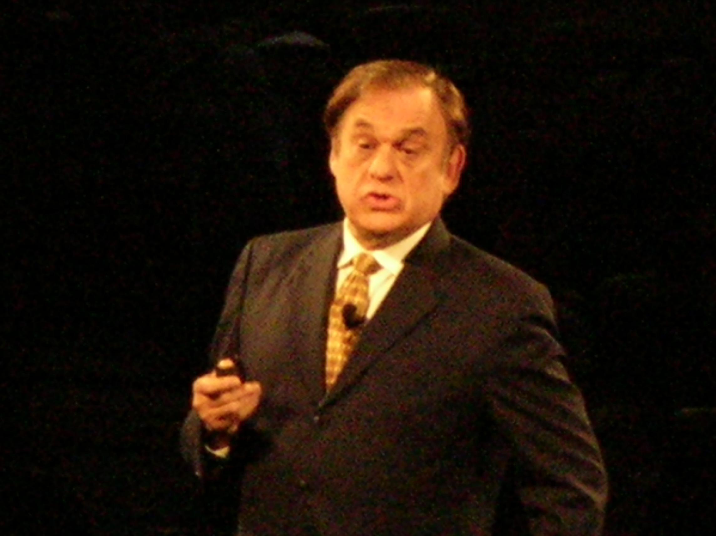 Earl Mindell in March 2009