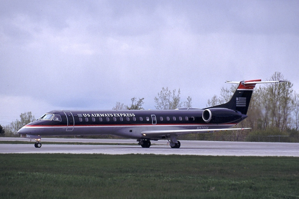 File:Embraer EMB-145LR (ERJ-145LR), US Airways Express (Chautauqua ...