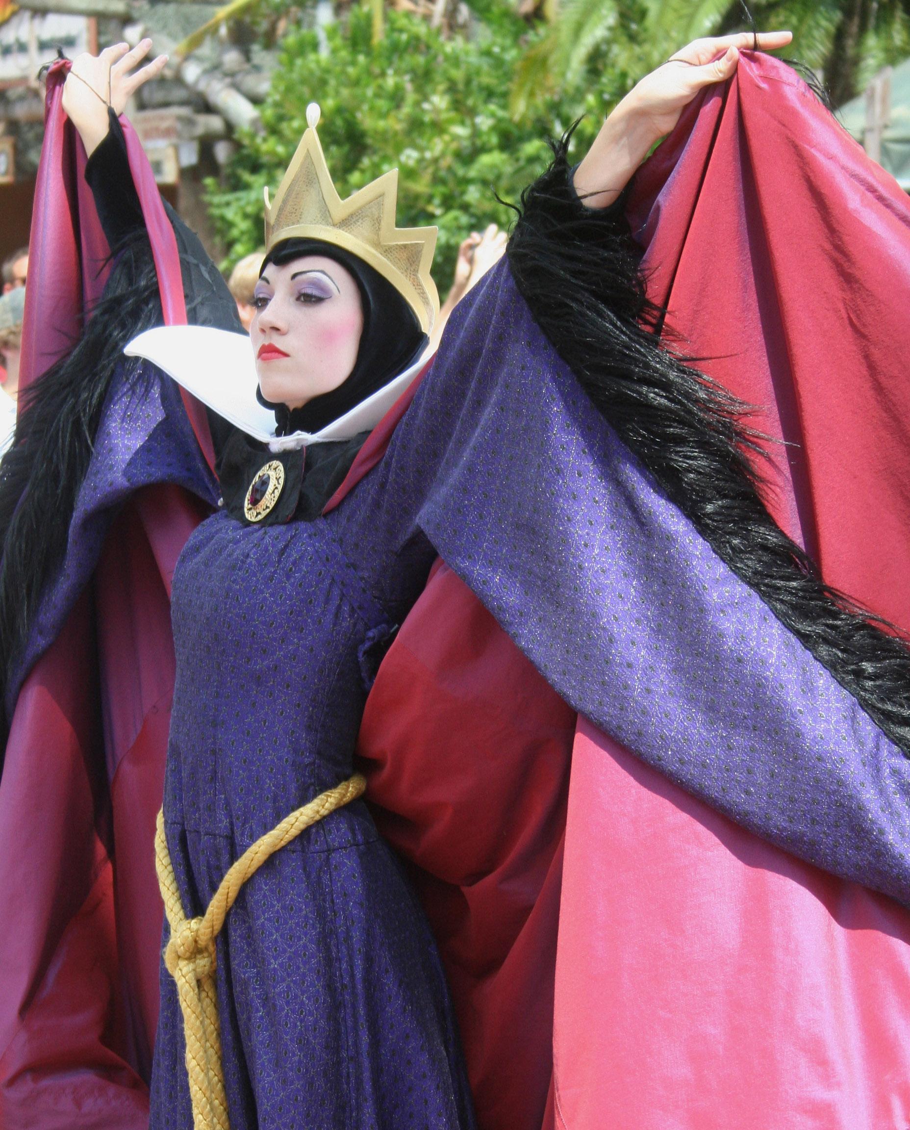 the princess pact a twist on rumpelstiltskin the four kingdoms book 3
