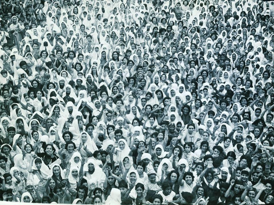 FemmesTunisiennesCelebrantLeCSPAout1956.jpg