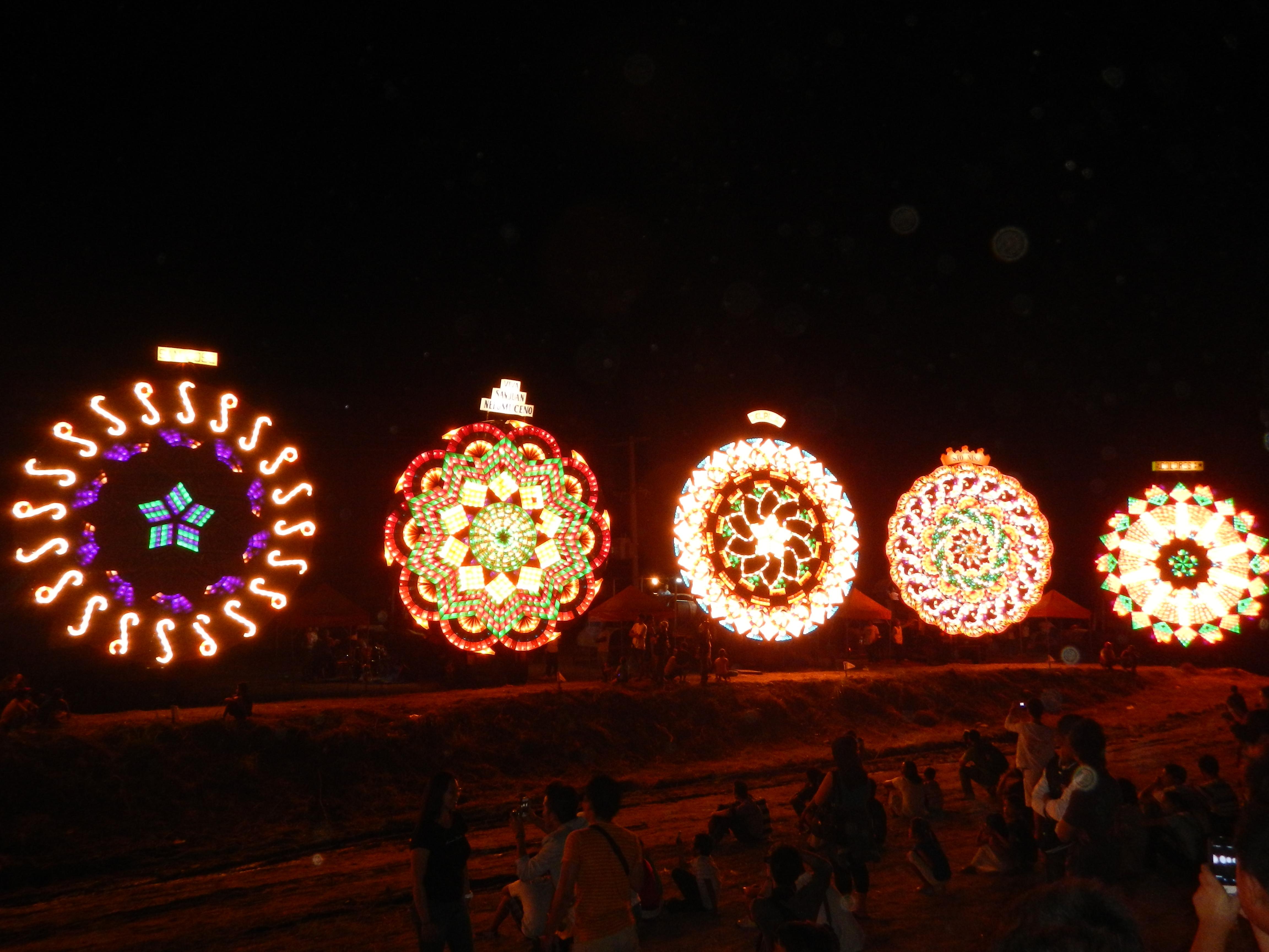 Christmas Lights In Pampanga.Giant Lantern Festival Wikipedia