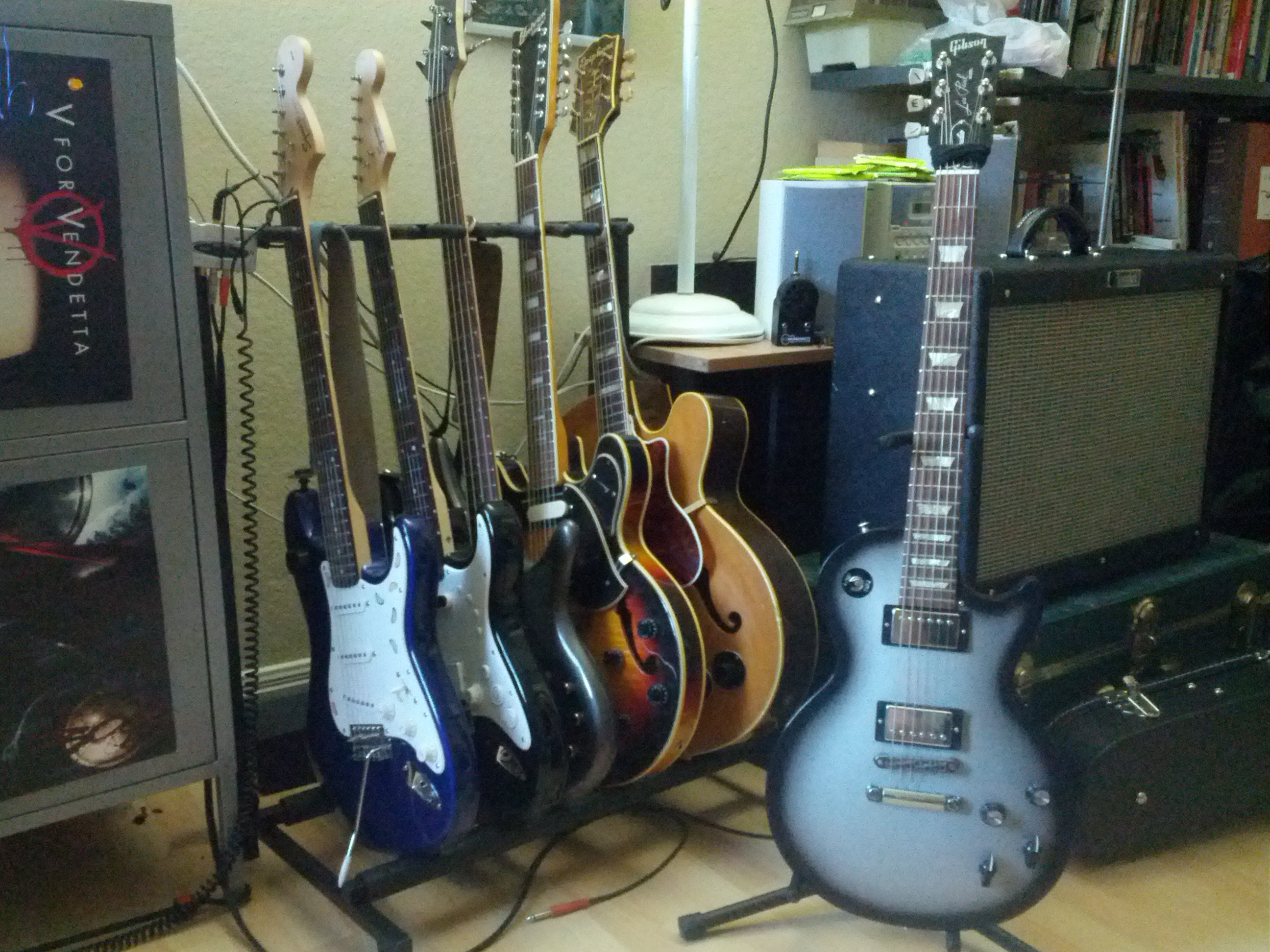 file gibson les paul studio silverburst along with squier