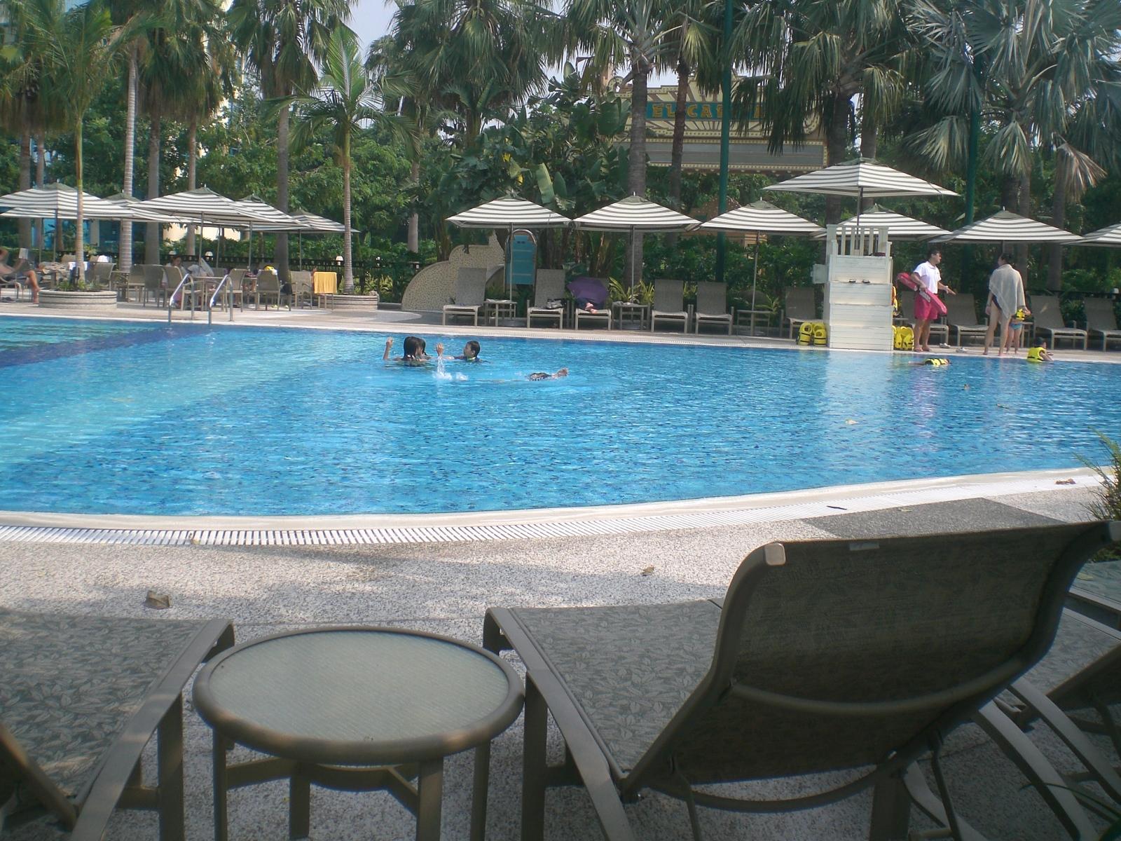 File Hk Disney 39 S Hollywood Hotel Swimming Pool 02 Jpg Wikimedia Commons