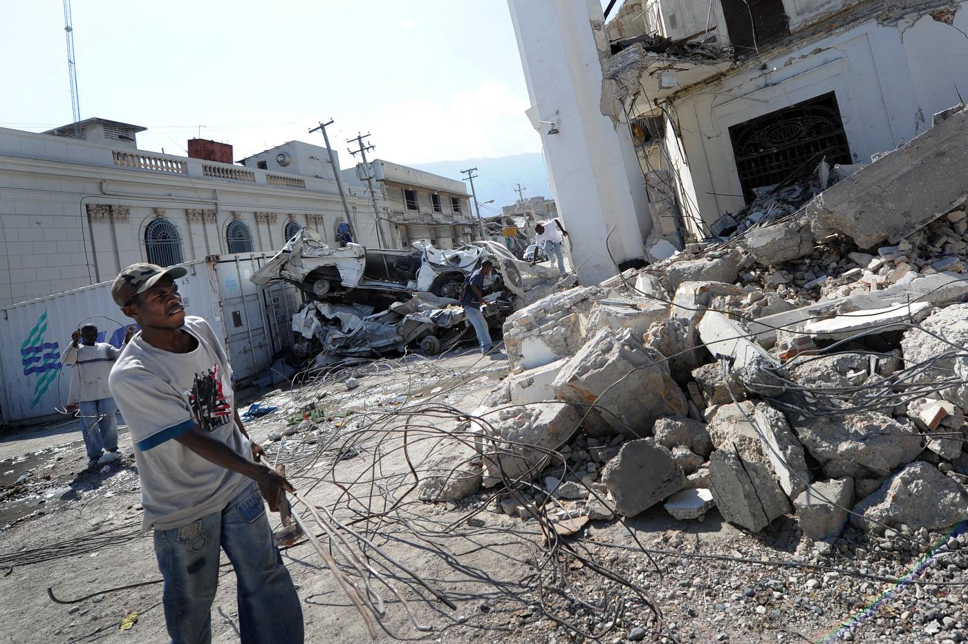 Port au prince wikipedia autos post - Www radio lumiere port au prince haiti ...
