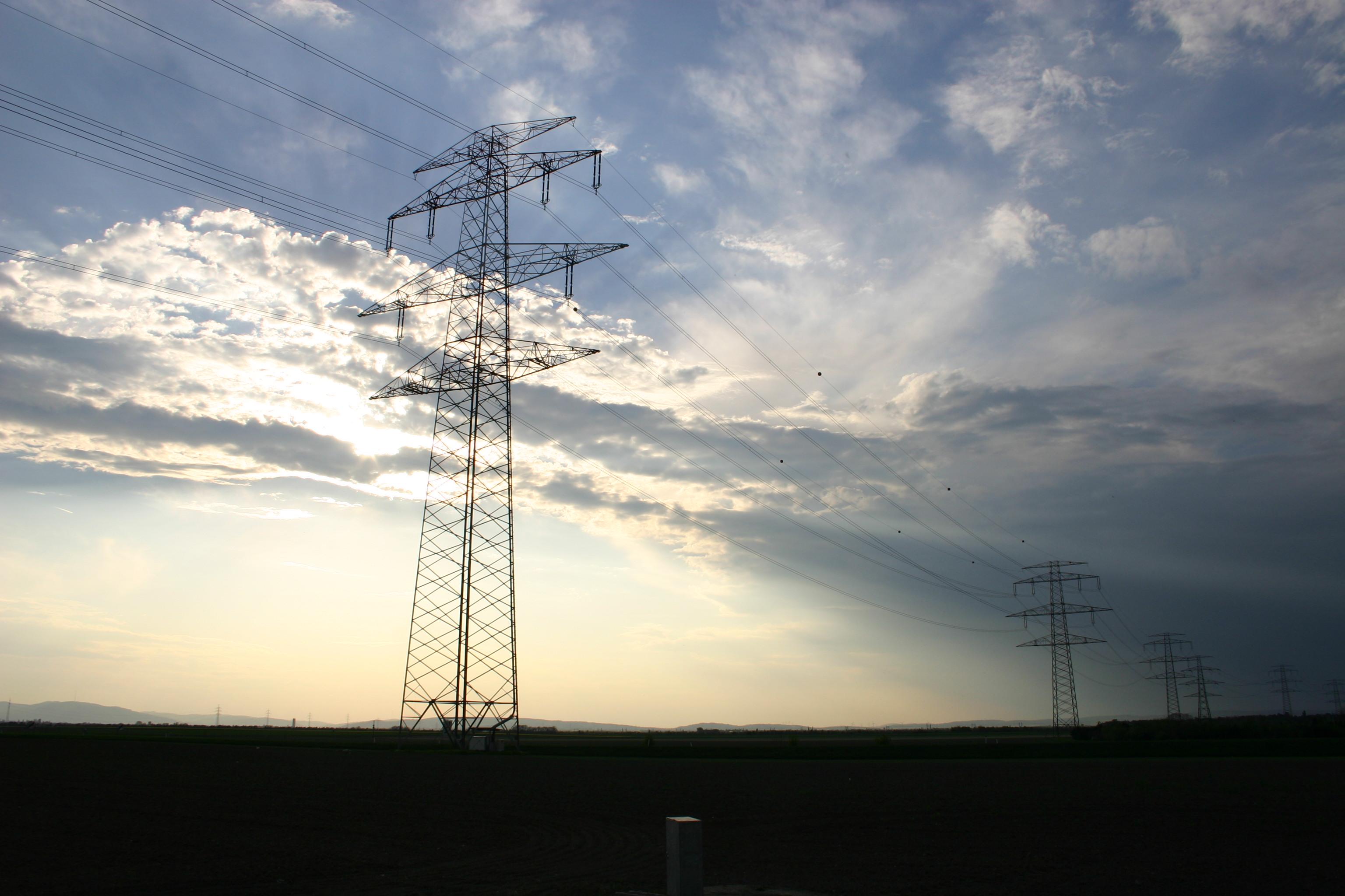 Trasmissione di energia elettrica - Wikipedia