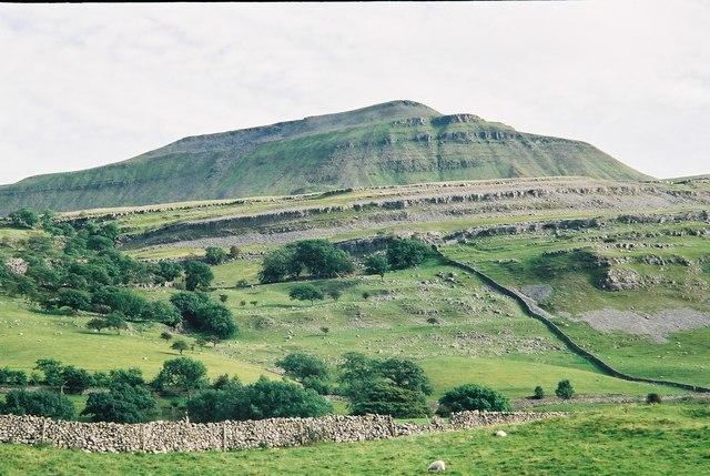 Ingleborough - geograph.org.uk - 631731