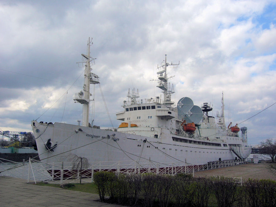 Kosmonavt Pacaev in Kaliningrad.jpg