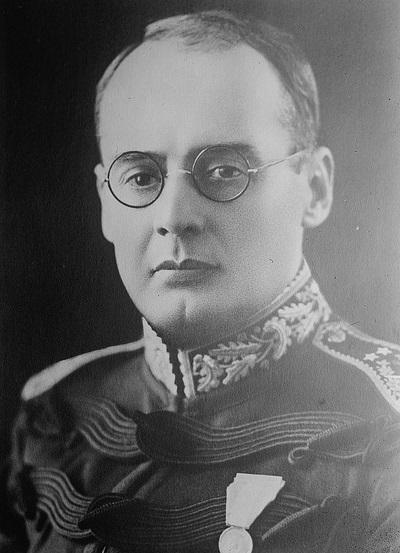 Chacón In 1915  Lázaro Chacón González
