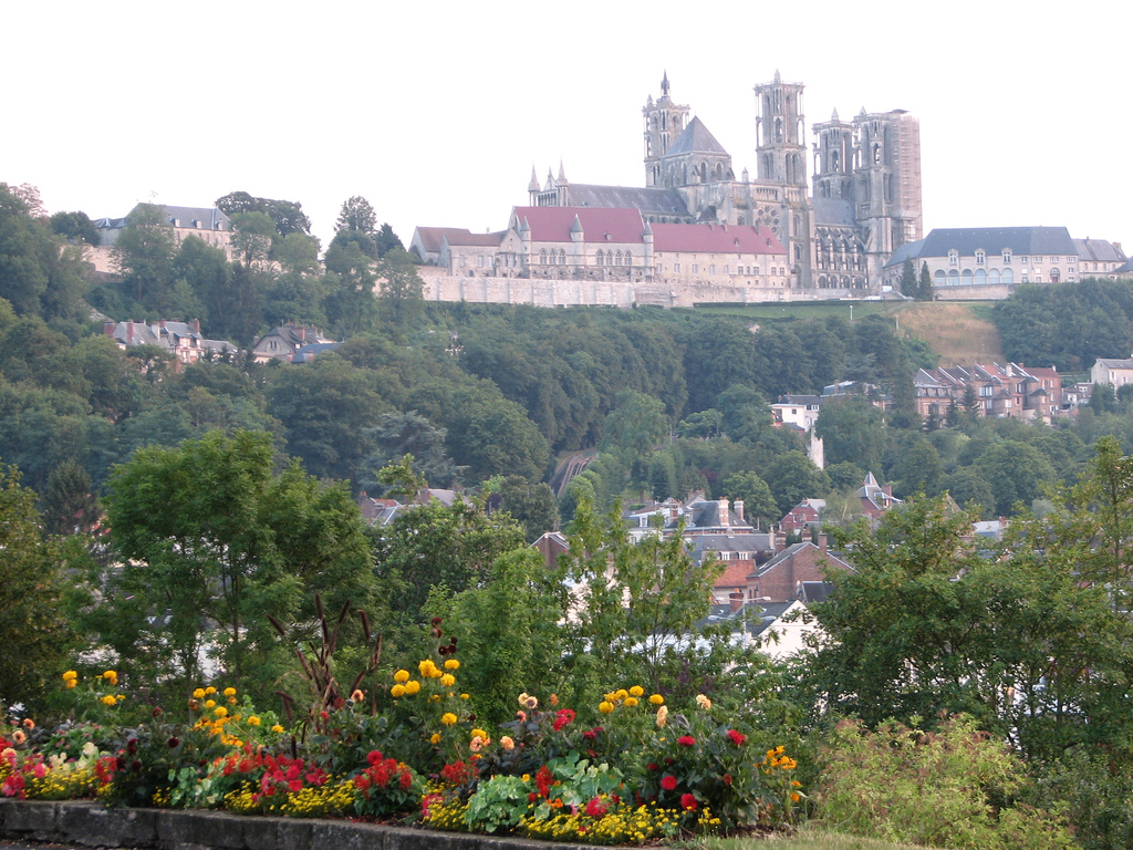 Laon France  City new picture : Archivo:Laon panorama Wikipedia, la enciclopedia libre