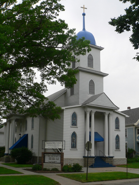 File:Lincoln, Nebraska Friedens Lutheran Church from SE 1 ...