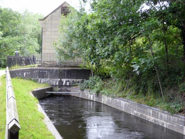 Llangollen Canal - geograph.org.uk - 892827