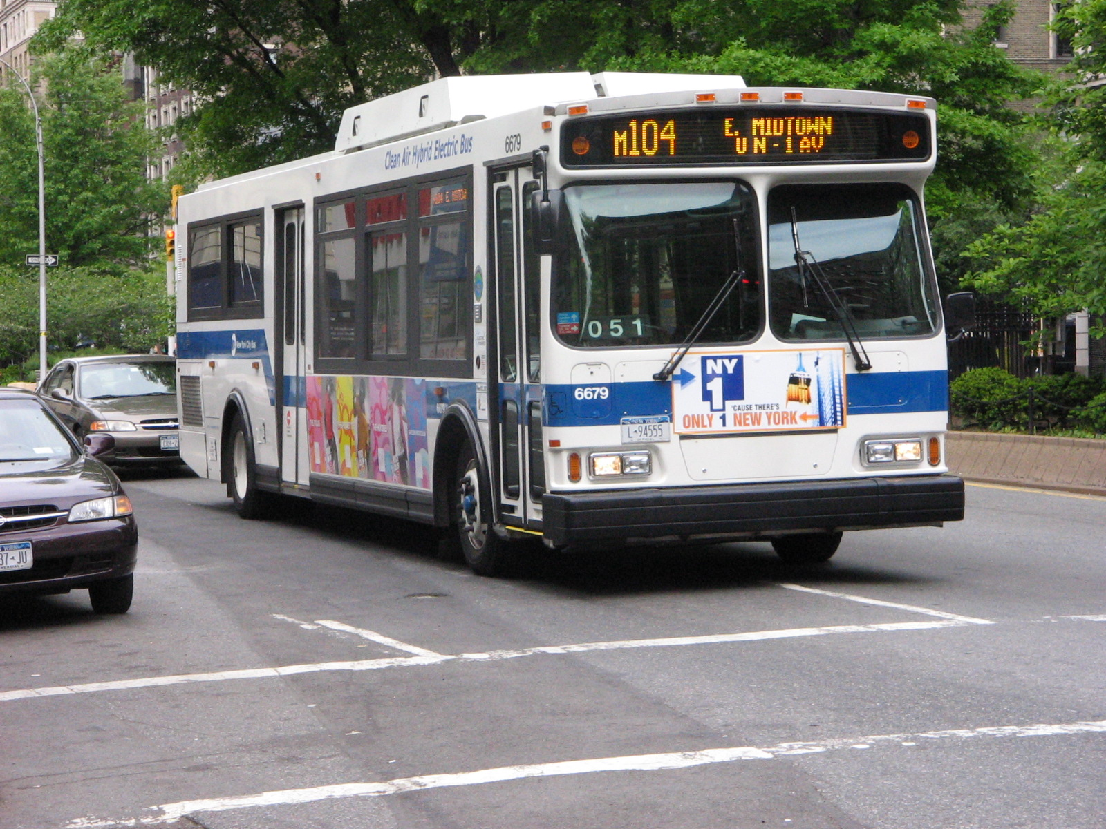 MTA_NYCT_Orion_VII_HEV_6679.jpg