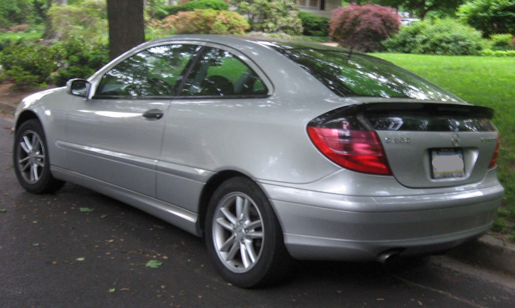 Mercedes benz hatchback c230 for Mercedes benz c230 kompressor 2006
