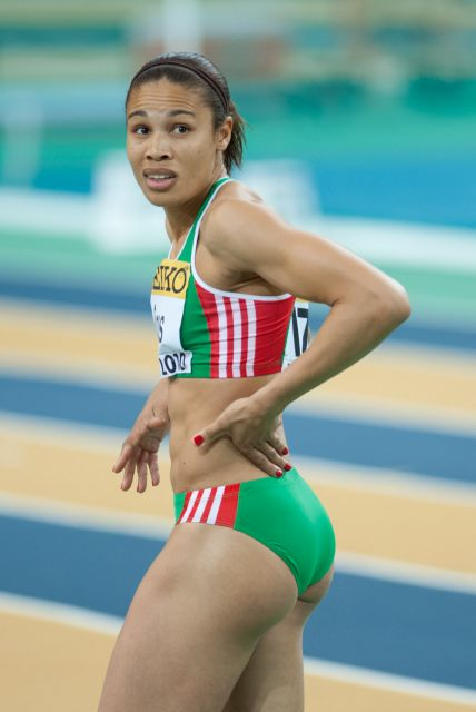 Female track athletes are more intensely horny than the average person - 5 3