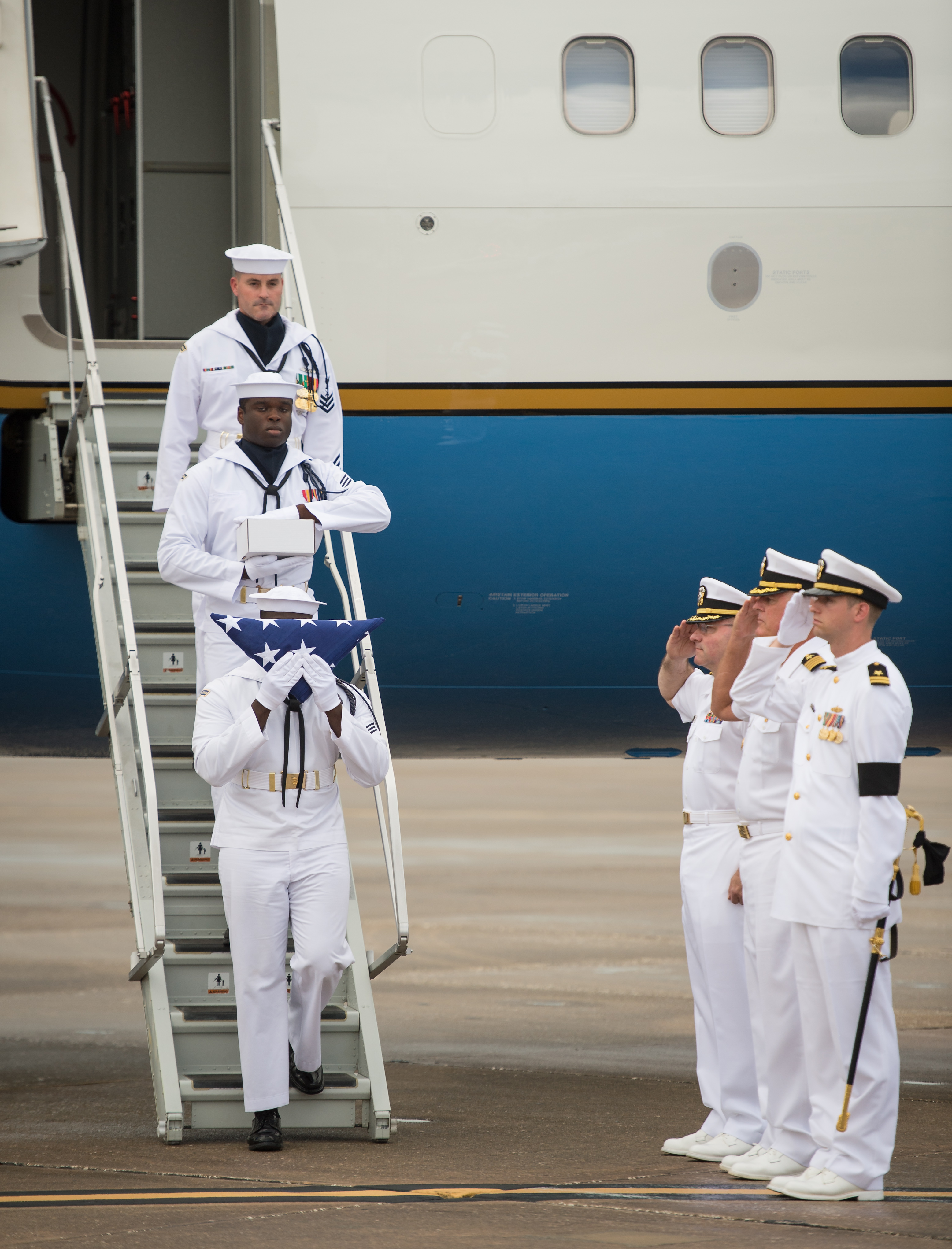 neil armstrong burial - photo #17