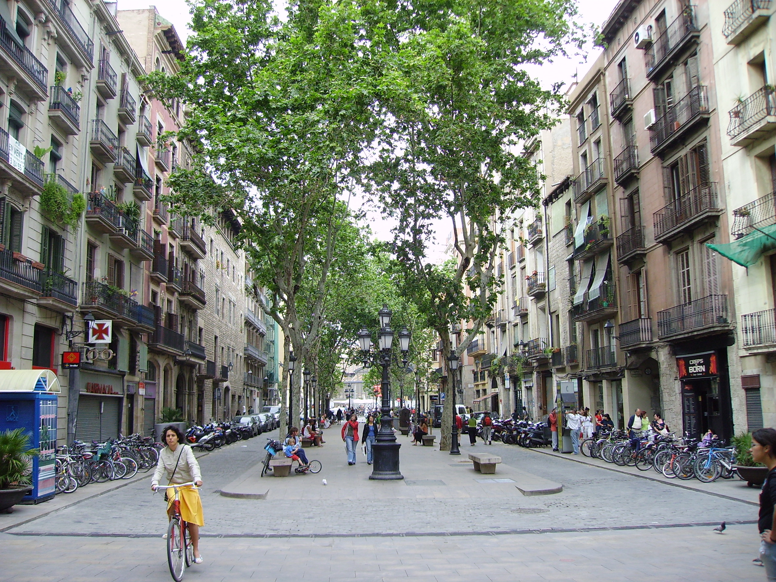 Citywalk in  Barcelona Gothic Quarter, Spain, visiting things to do in Spain, Travel Blog, Share my Trip