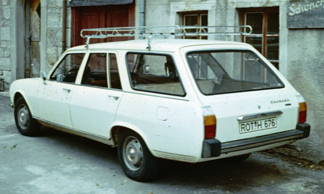 Descripción Peugeot 504 Break Rothenburg.jpg