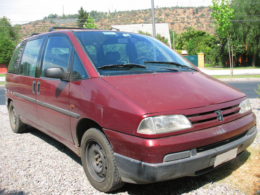 File:Peugeot 806 SR 1997.jpg - Wikimedia Commons