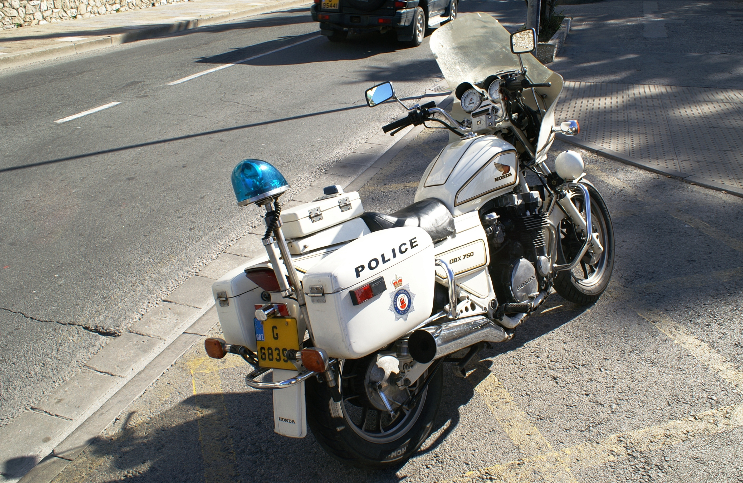 File Police Motorcycle Of Gibraltar 02 Jpg Wikimedia Commons