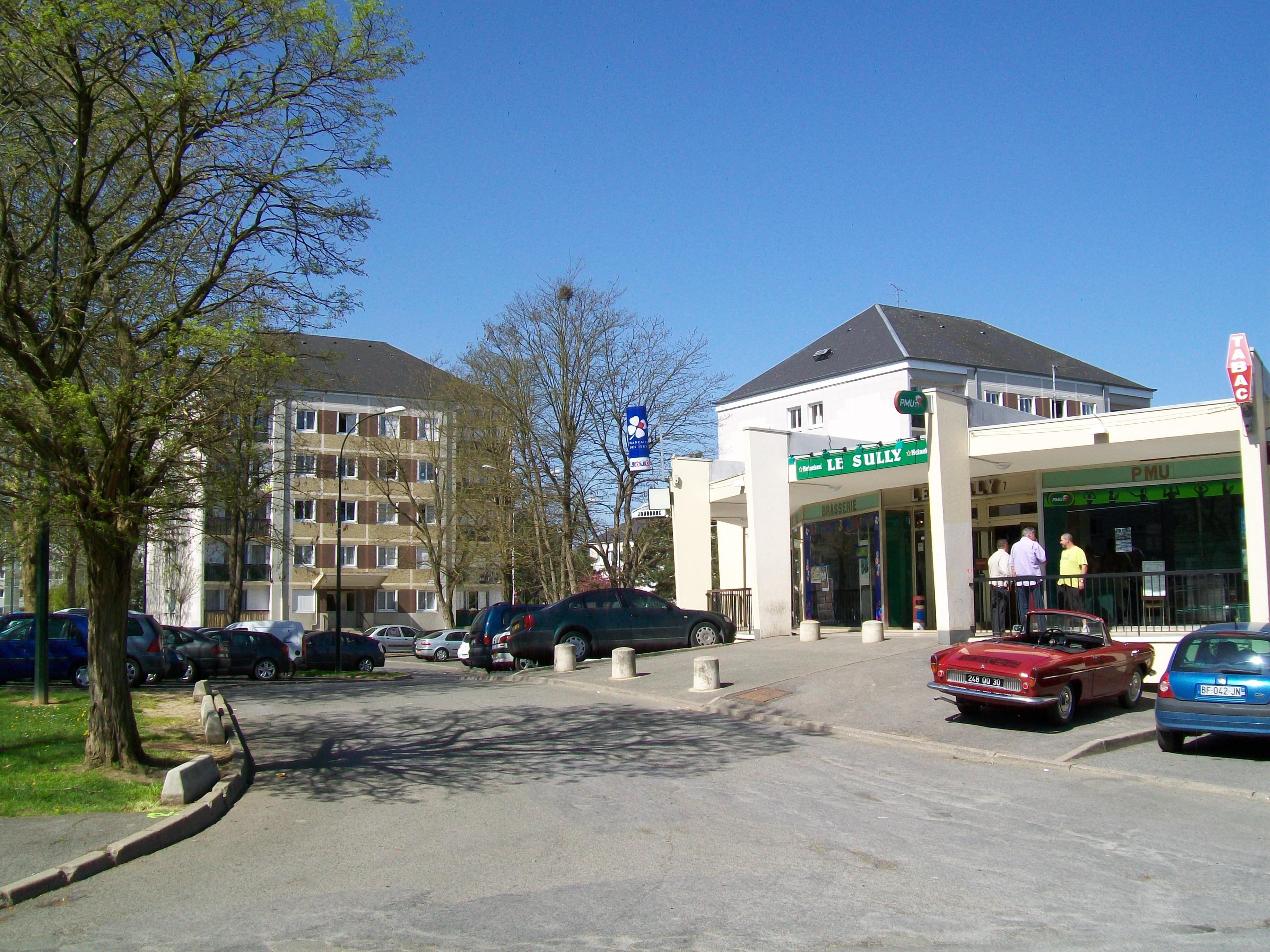 File:Senlis (Oise), quartier Bon Secours, café-PMU.jpg - Wikimedia ...