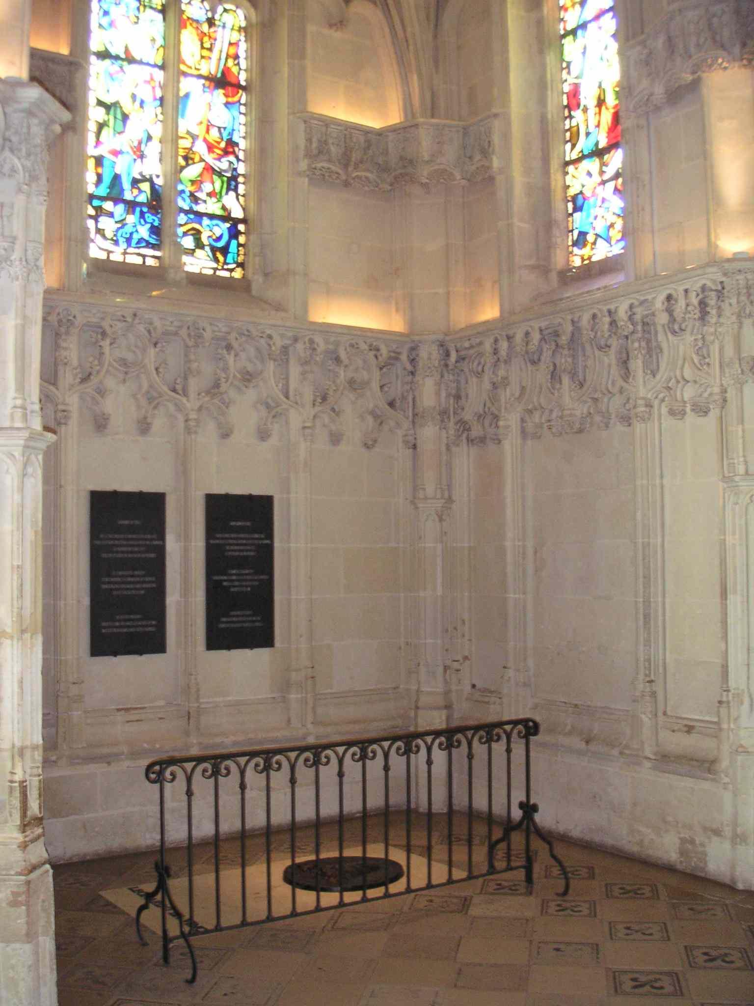 Tomb of Leonardo Da Vinci
