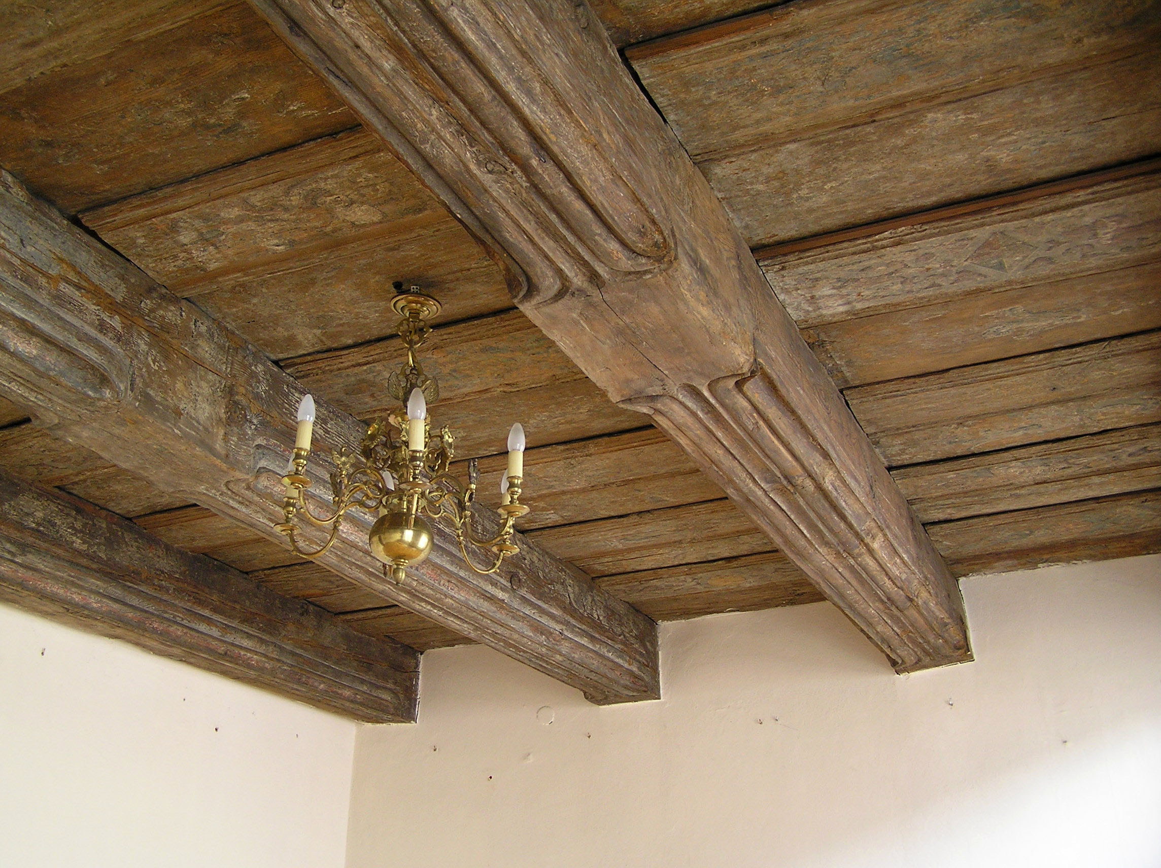 Decke bauteil wikiwand for Poutre bois decorative