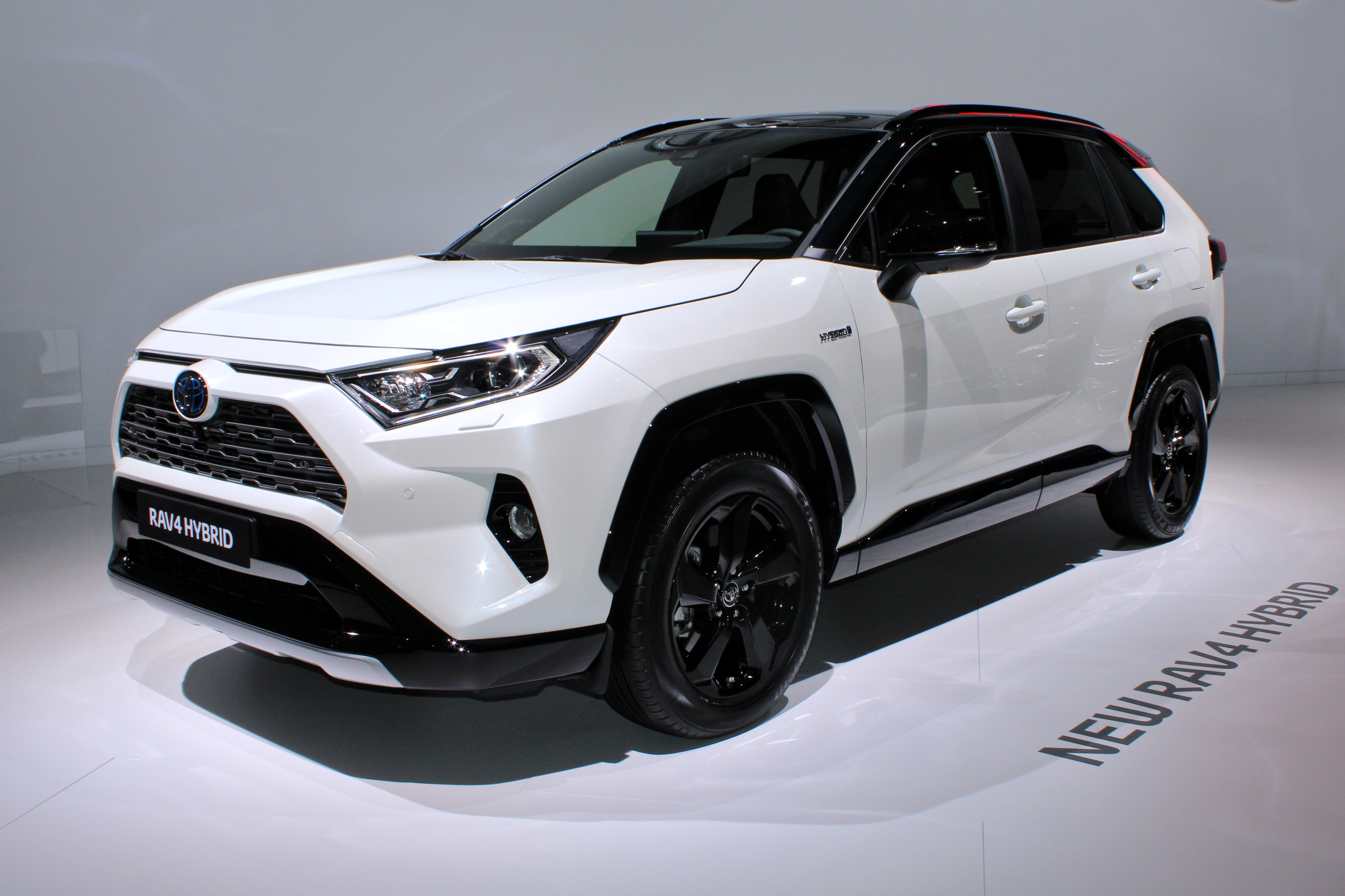 Astounding Toyota Rav4 Wikipedia Caraccident5 Cool Chair Designs And Ideas Caraccident5Info