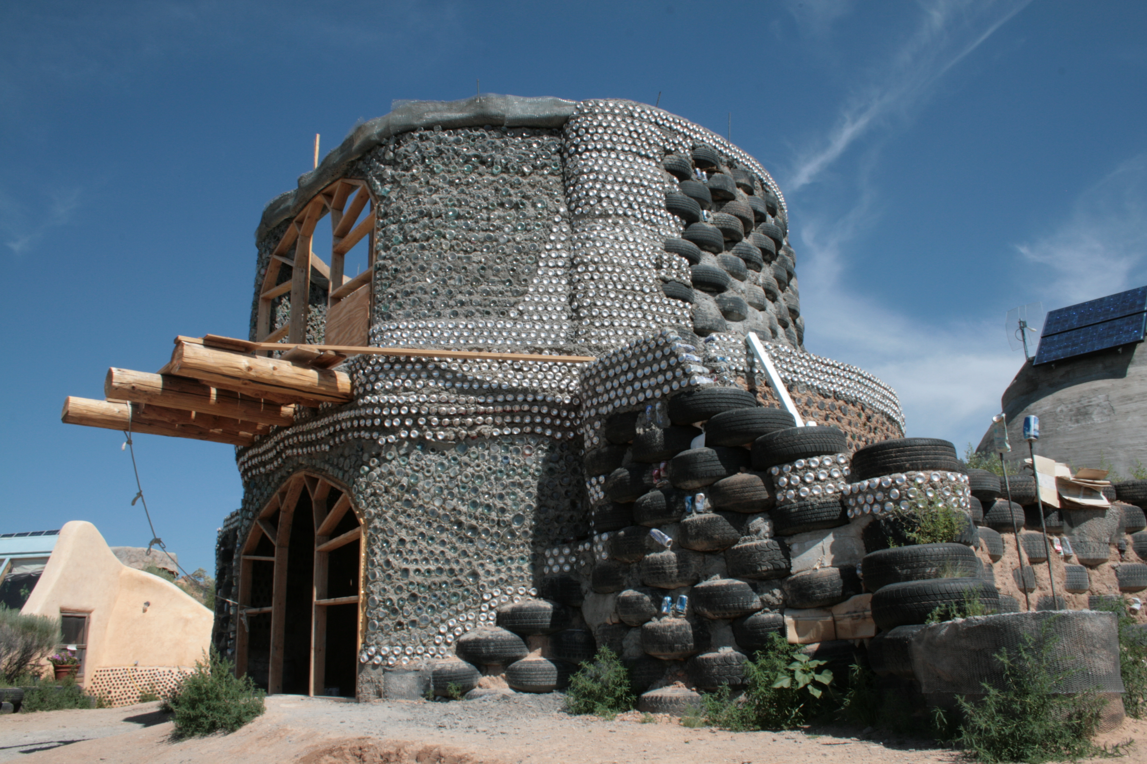 Earthship Construction Materials : File unfinished earthship g