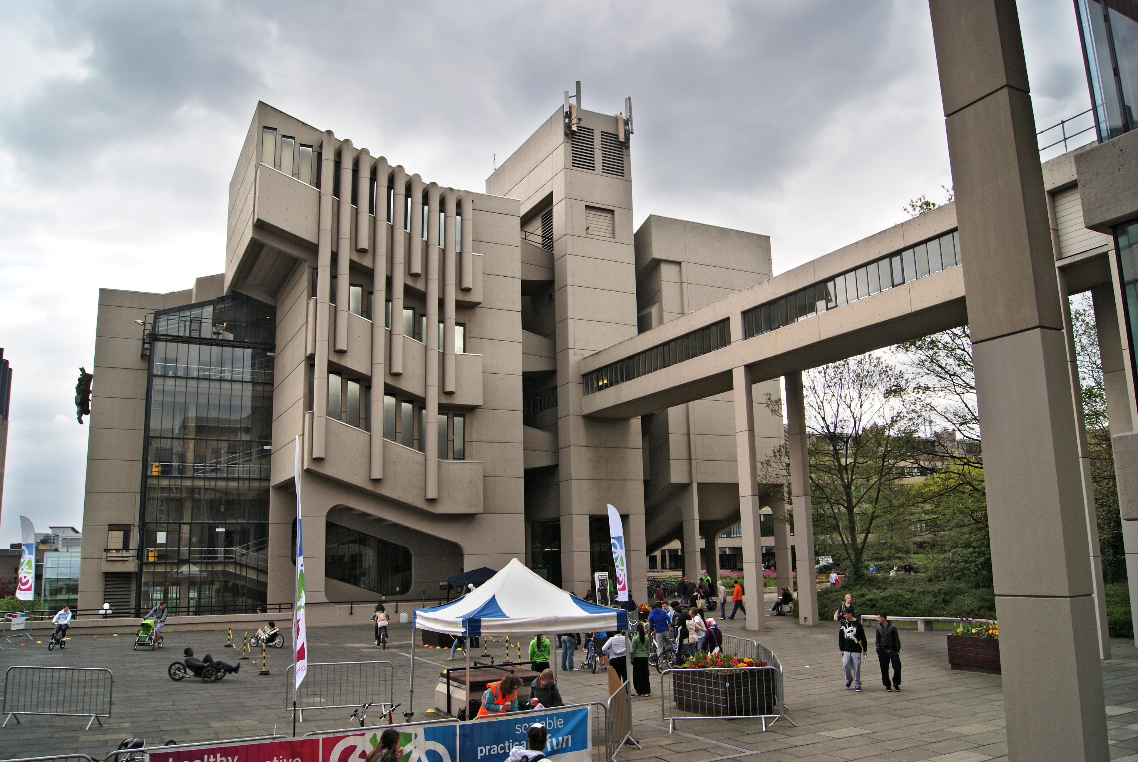 University of Leeds - Wikiwand