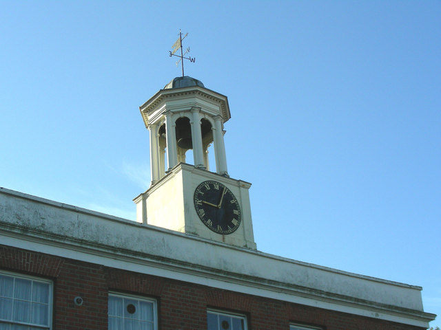 File:Upminster - Clock Tower - geograph.org.uk - 271959.jpg