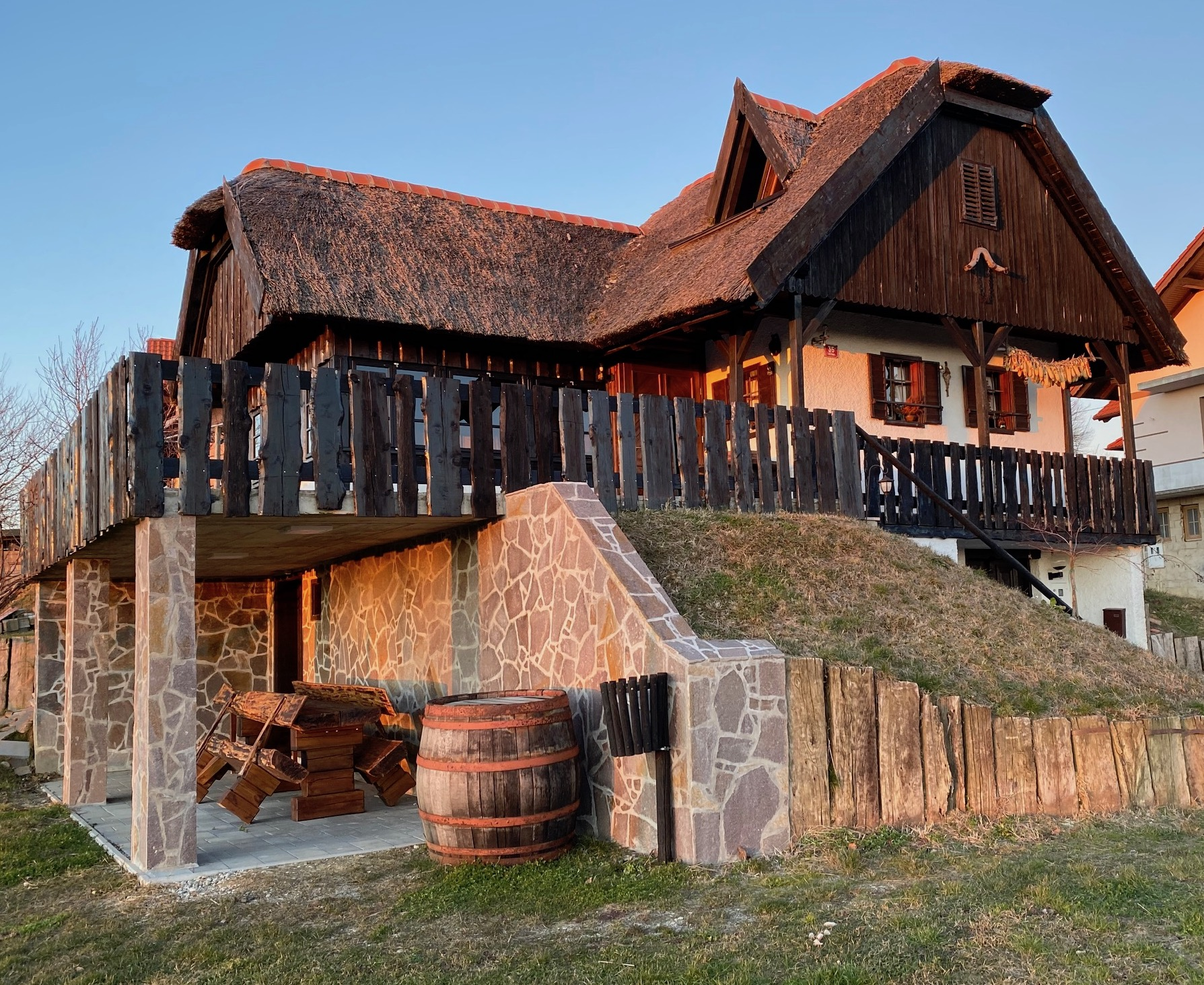 Vineyard Cottage Jursinci Slovenia.jpg