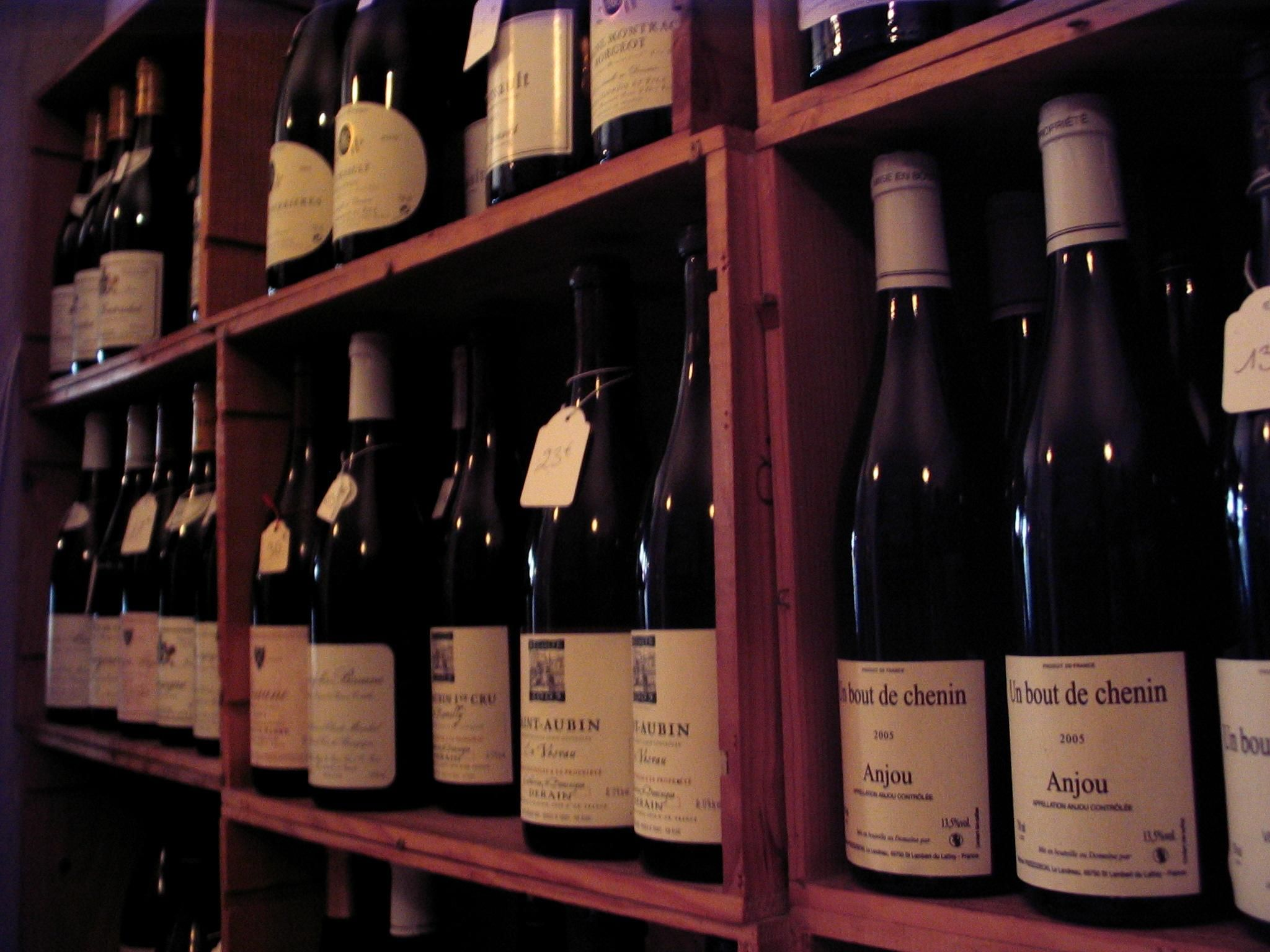 how to start a wine shop