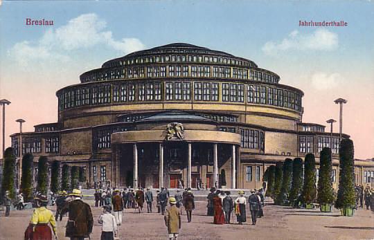 https://upload.wikimedia.org/wikipedia/commons/7/78/Wroclaw_Hala_Ludowa_Breslau_Jahrhunderthalle.jpg