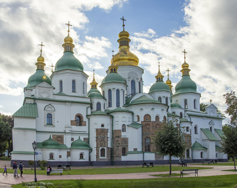 Кому дістанеться кримське золото?
