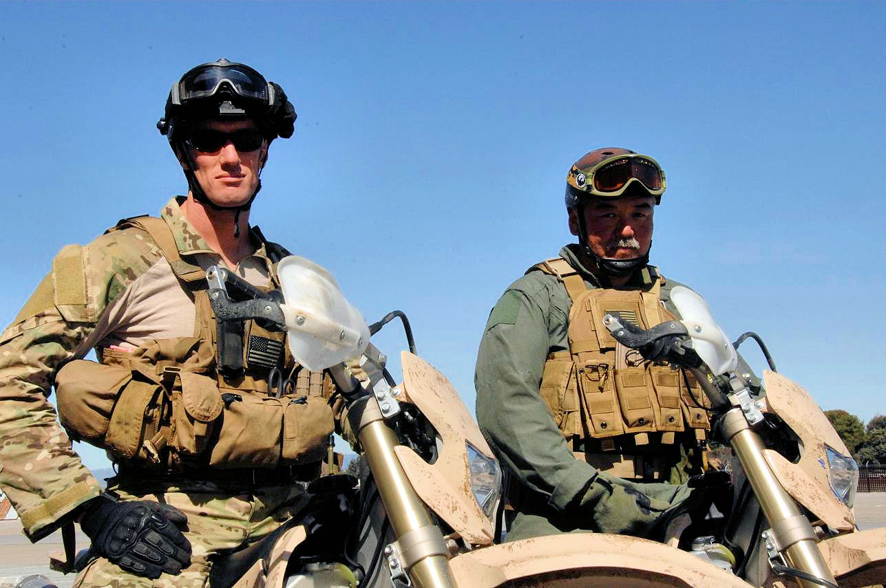 File:131st Rescue Squadron - Pararescue Jumpers.jpg