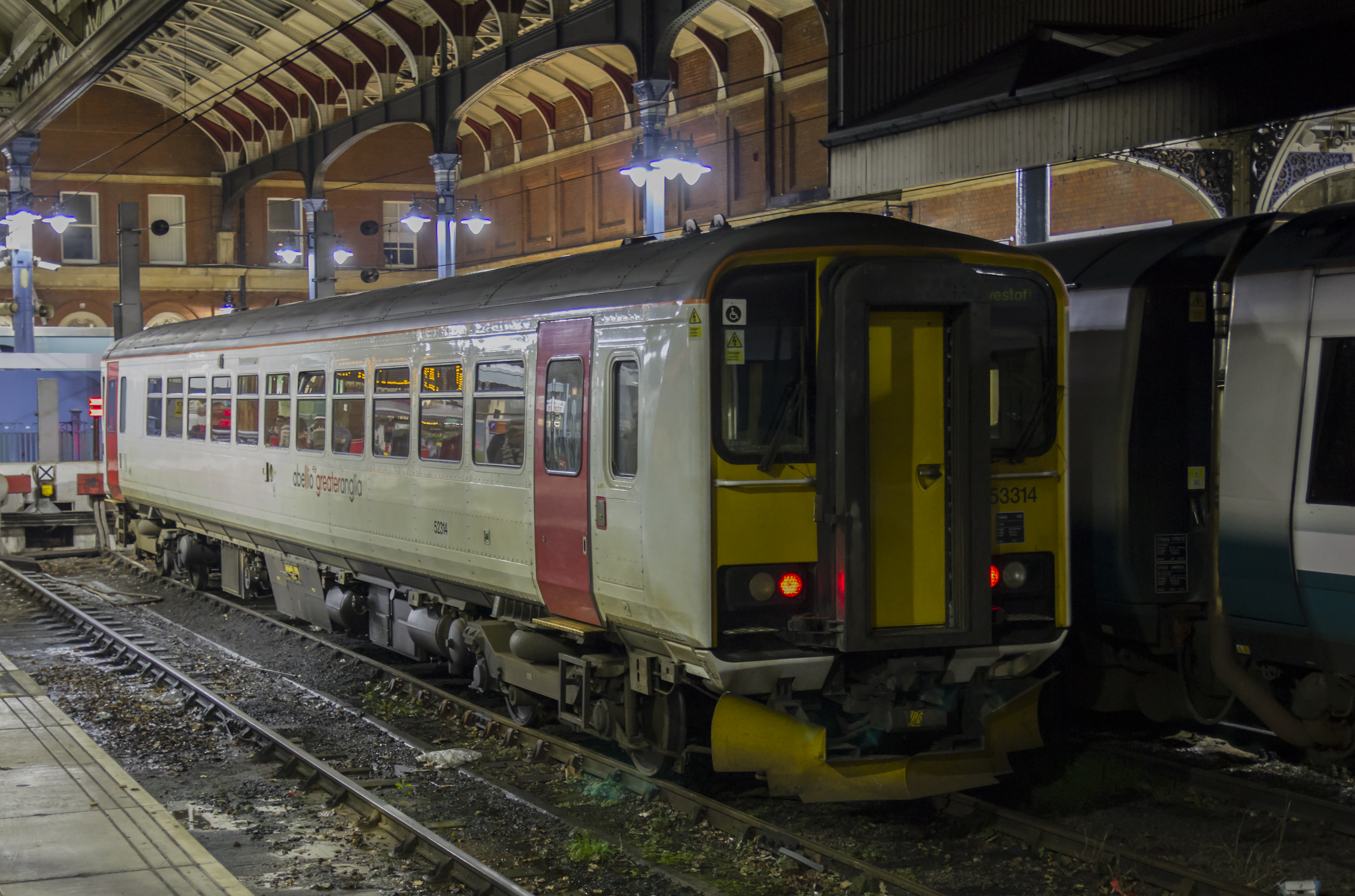 File:153314 at Norwich (31580623805).jpg