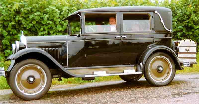 File 1928 chevrolet national ab convertible for 1928 chevy 4 door sedan