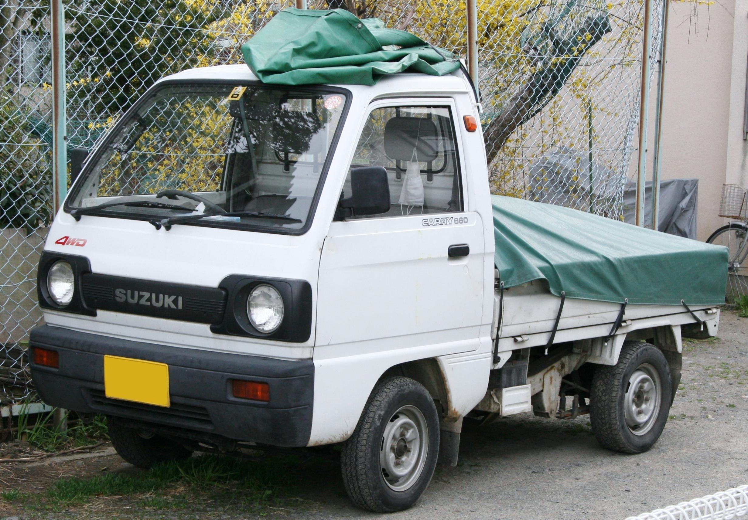 Datei:1990-1991 Suzuki Carry.jpg