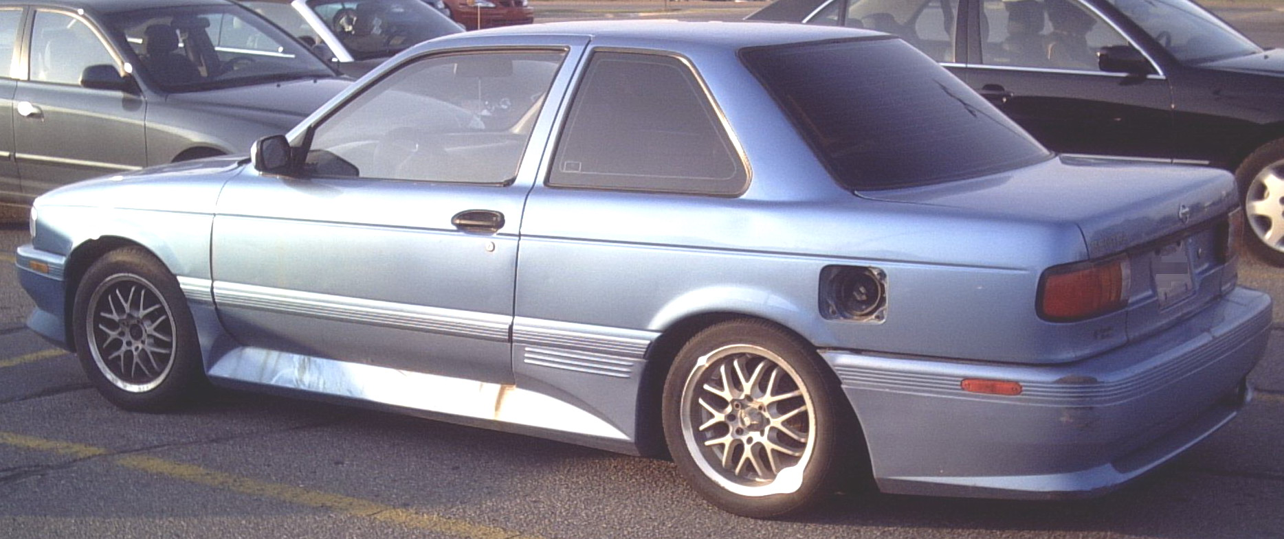 File:1991-1994 Sentra Coupe.jpg - Wikimedia Commons