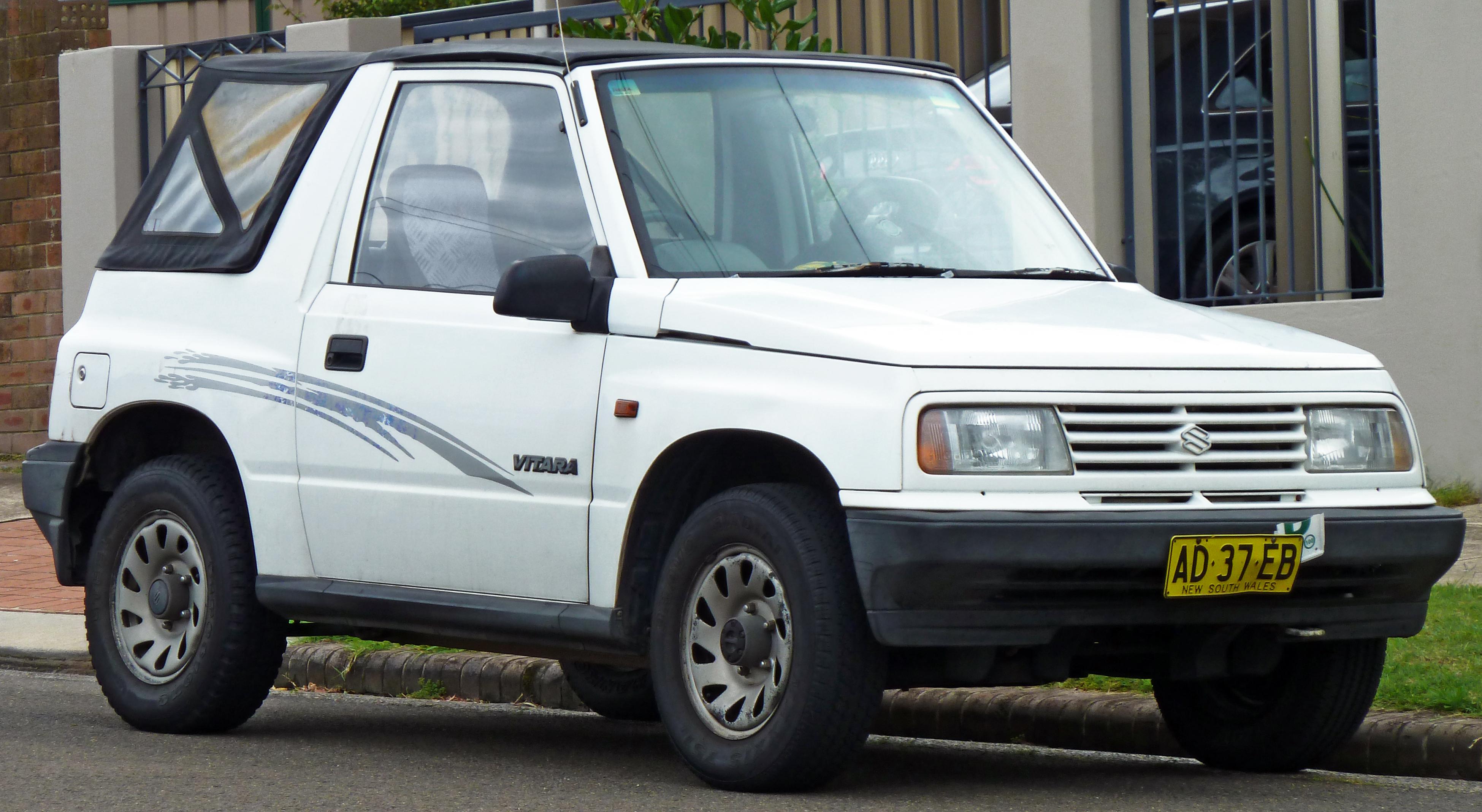 Watch besides Tracker Fuse Box On in addition 17208603 likewise 1995 Suzuki Sidekick Pictures C3557 in addition Suzuki Samurai Hubs. on 1992 suzuki sidekick jx