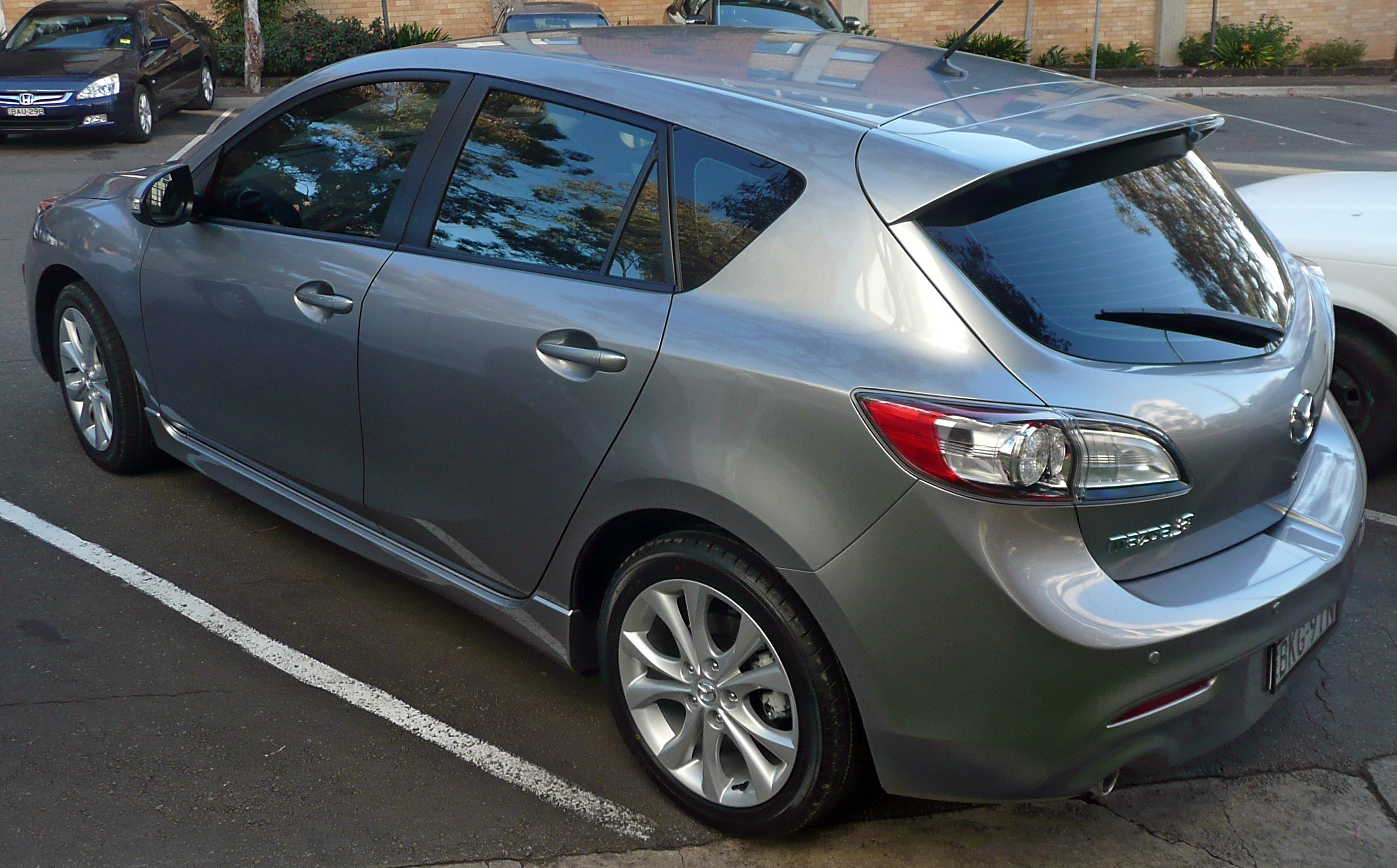 Mazda 3 hatchback sp25