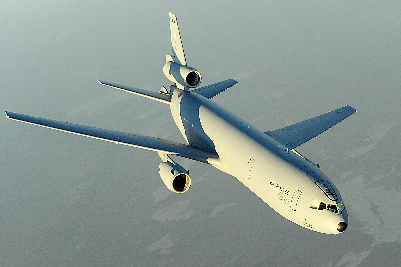 A KC-10 Extender in flight.jpg
