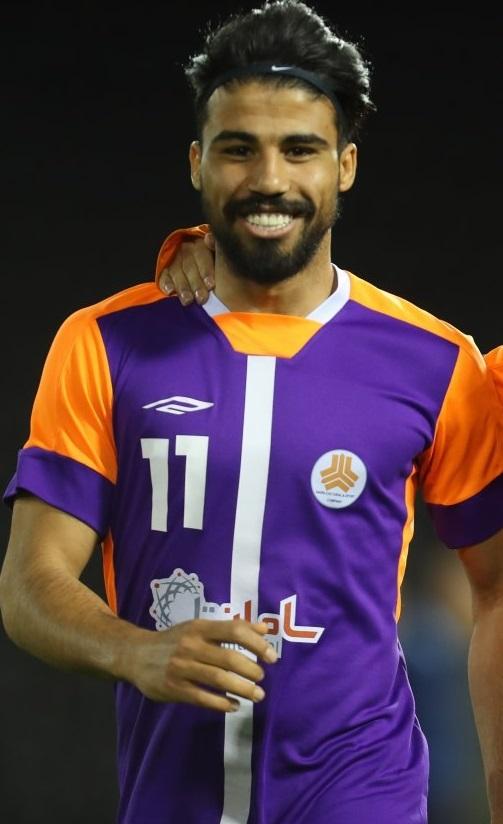 علی دشتی (بازیکن فوتبال)