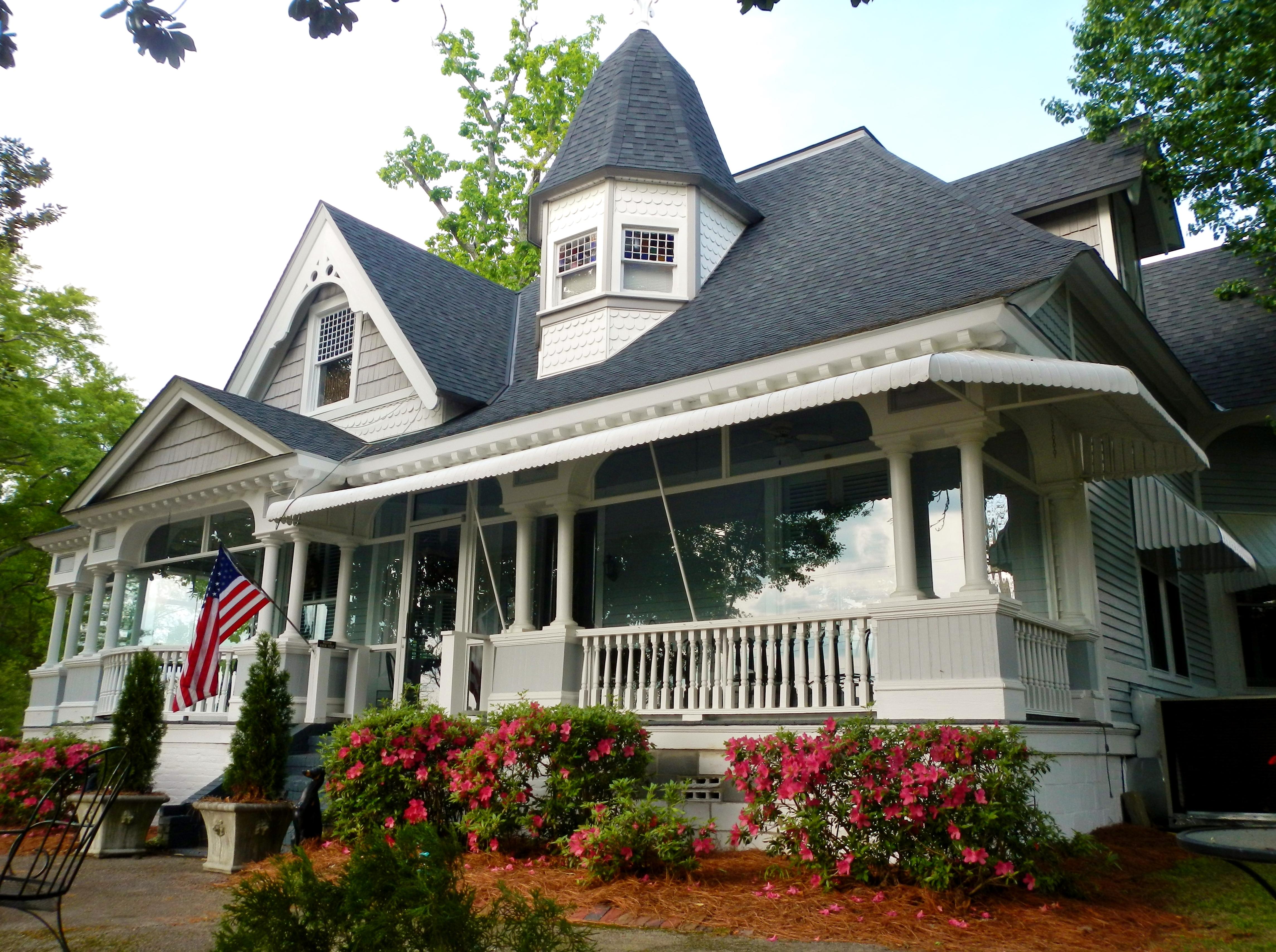 Historic Bulloch House Burns To The Ground Atlanta