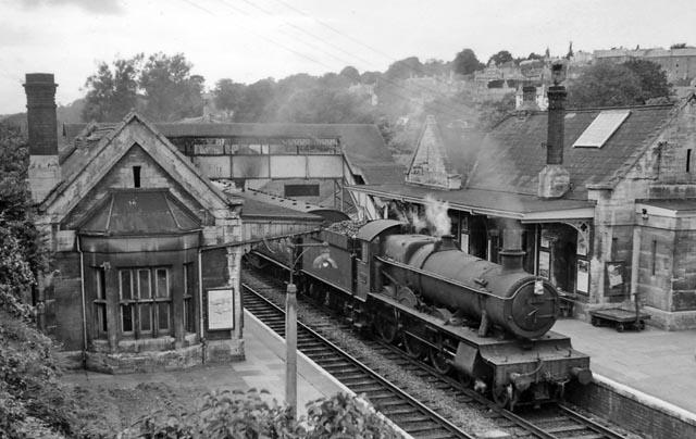 File:Bradford on avon train station 1876929 5084dd83.jpg