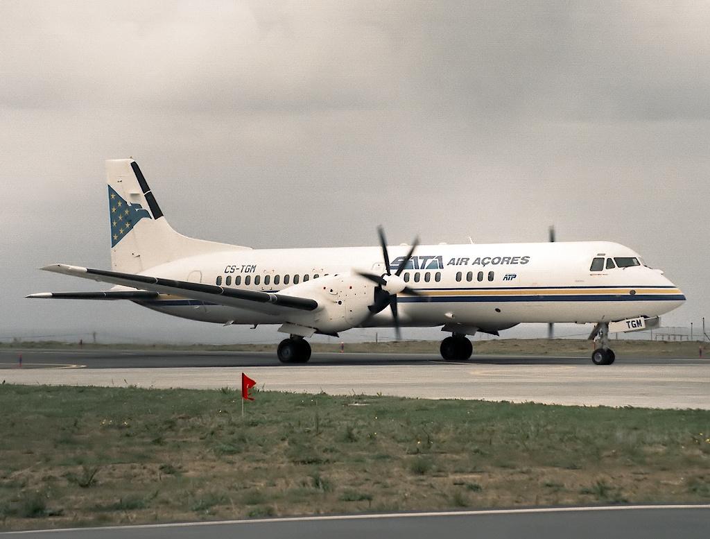 SATA Air Açores Flight 530M - Wikipedia