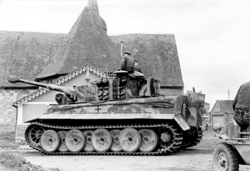 Tiger 131 commanded by Untersturmführer Walter Hahn