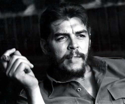 | Bildquelle: https://commons.wikimedia.org/wiki/File:CHE_2014-04-25_17-32.jpg © User:Ögh2012 / CC BY-SA (https://creativecommons.org/licenses/by-sa/3.0) | Bilder sind in der Regel urheberrechtlich geschützt